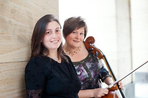 v.l. Naila Alvarenga, Klavier; Katja Zakotnik, Violoncello